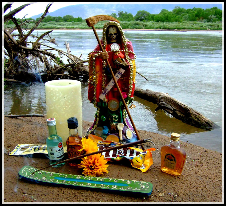 Who Is Santa Muerte » Tracey Rollin
